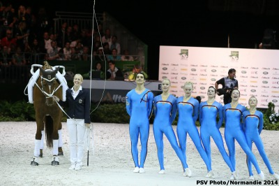 German Favourites Lead the Team Freestyle